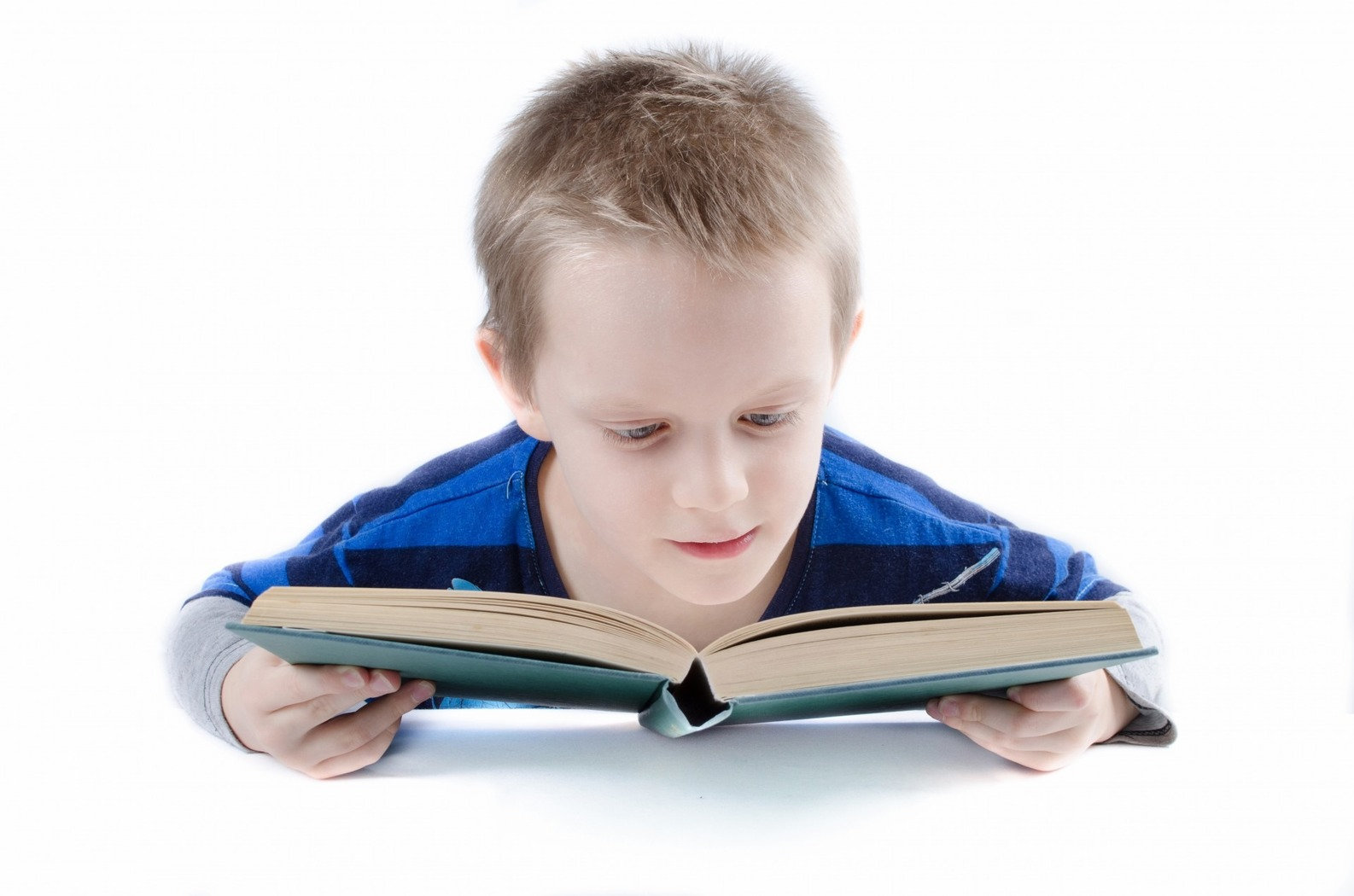 child reading - talk for writing
